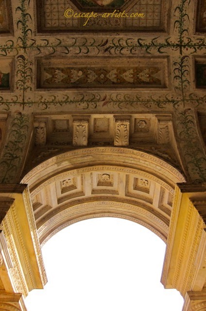 palazzo te arch detail marked