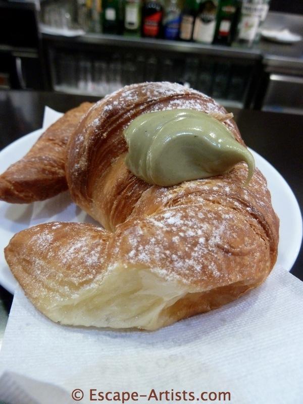 A cornetto di pistachio also counts.